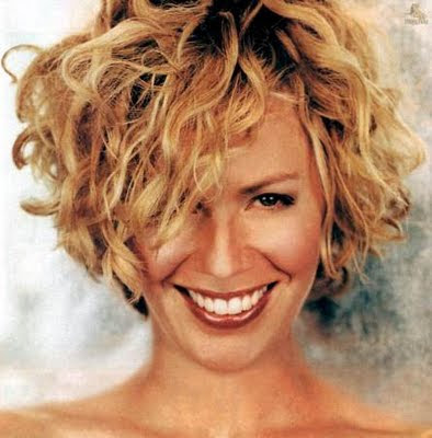 Short curly hairstyles trends for summer 2010