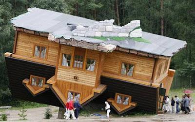 عکس خانه های عجیب در مکانهای عجیب - Bitrin.com