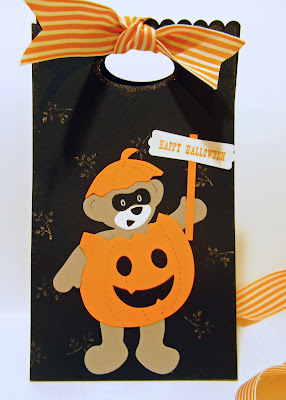 Stampin' Up!s exclusive Build-A-Bear Halloween gift sack
