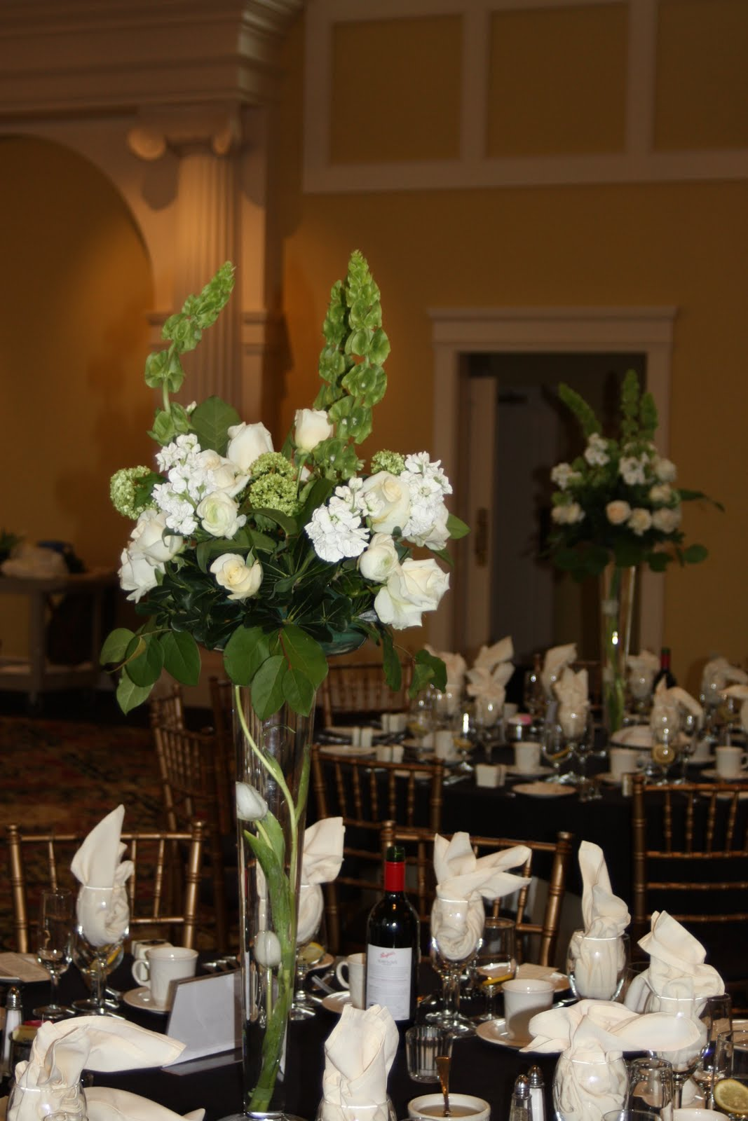 azalea floral design unique flowers for ct weddings and events june 2010. Black Bedroom Furniture Sets. Home Design Ideas