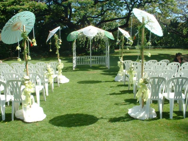 Vestido de novia c mo casarse al aire libre for Atuendo para boda en jardin