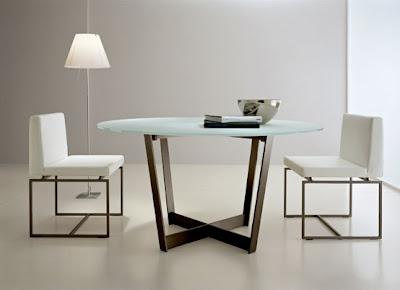 Mesas de comedor de vidrio con bases muy originales for Mesas de comedor originales