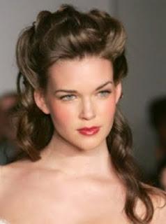 son para chicas con cabello mediano o largo lacio o rizado que realmente estos peinados se tornan muy verstiles sino tienes el pelo lacio puedes