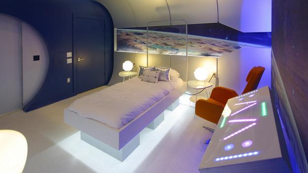 Dormitorios infantiles dormitorio nave espacial for Cuarto universitario