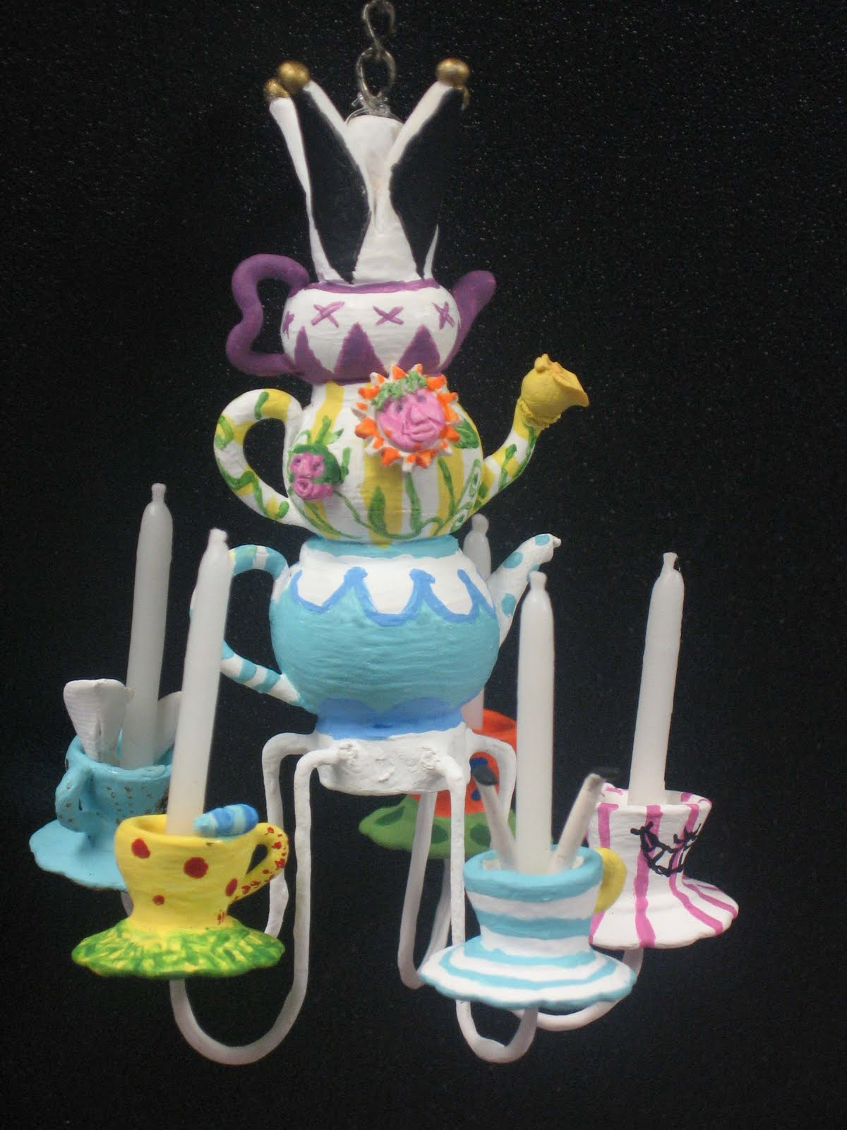 Mels miniatures alice in wonderland chandelier life size version arubaitofo Choice Image