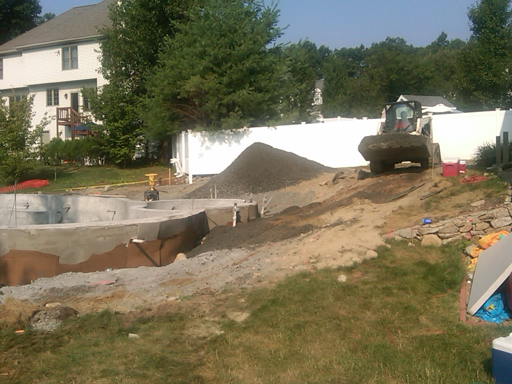pool build 2010: july 2010
