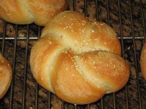 BreadMan Talking: Sandwich Time - Kaiser Rolls