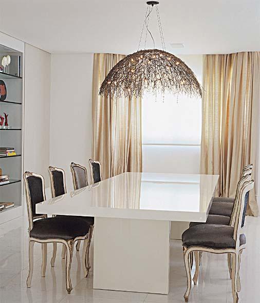 decoracao de interiores estilo classico : decoracao de interiores estilo classico: de linhas contemporâneas e contraste com ela cadeiras de estilo
