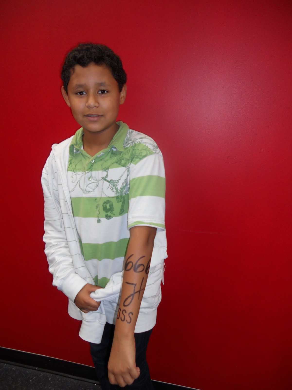 http://3.bp.blogspot.com/_TSnTRFqfaxA/THPvgyt2tRI/AAAAAAAAD7o/wv9--hhLWWg/s1600/IV+Jornada+de+Tattoos+084.jpg