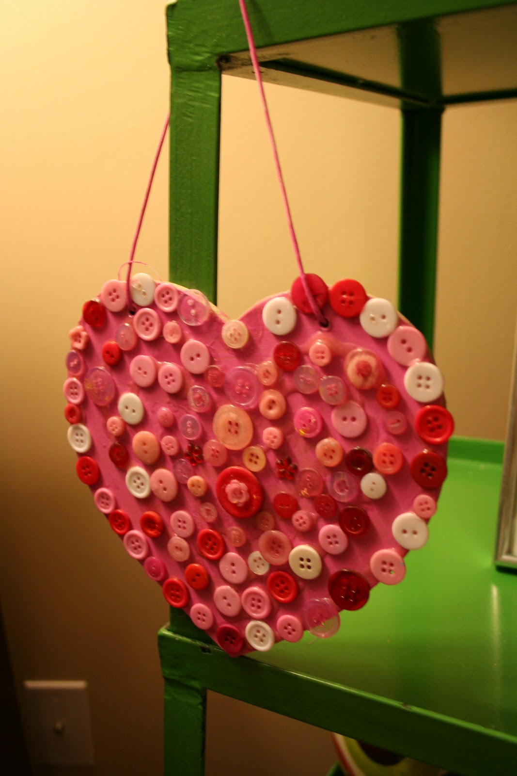 pink and green mama valentine button heart sign craft