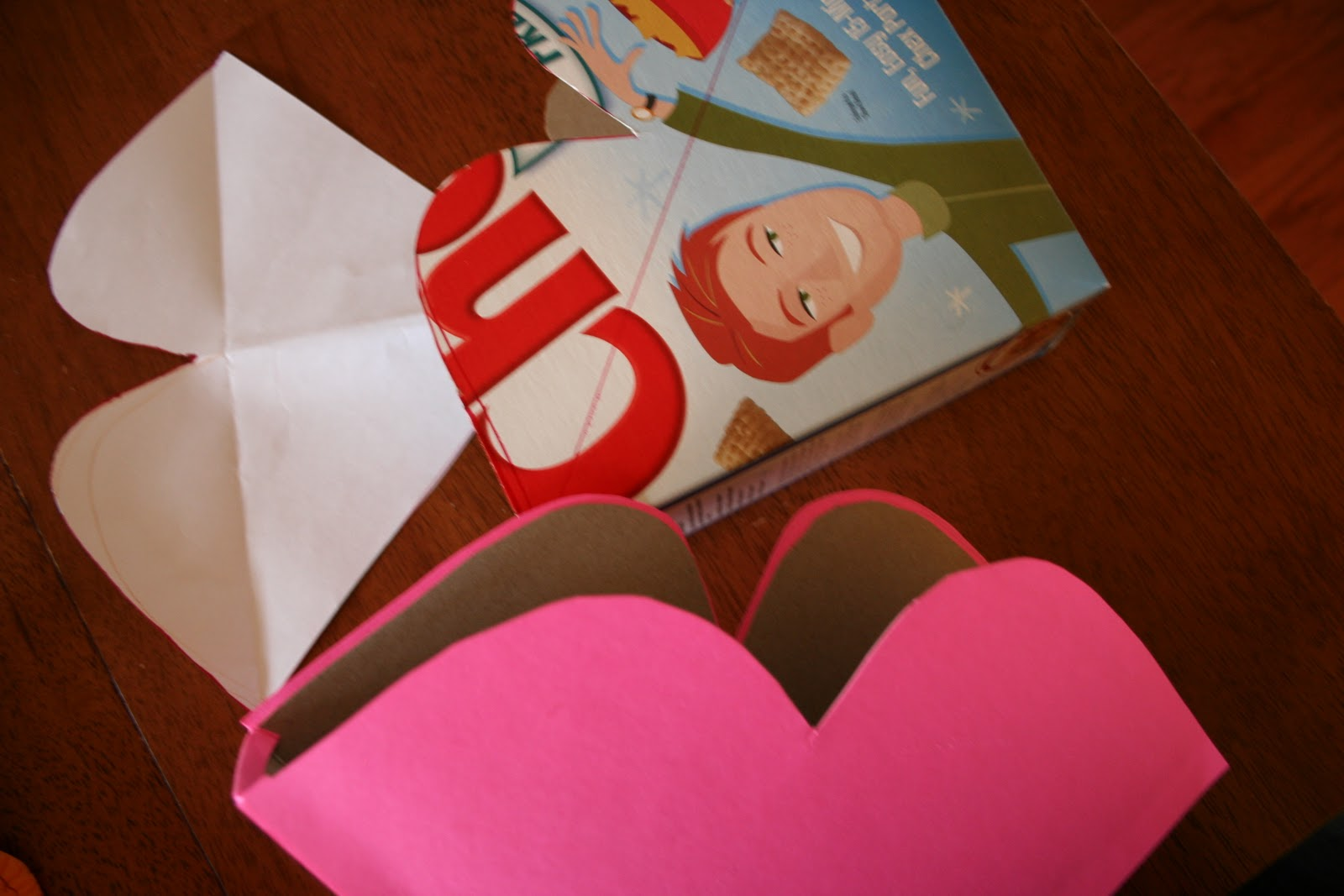 Pink and Green Mama ReCycled Cereal Box HeartShaped Valentine – Cereal Box Valentine Card Holder