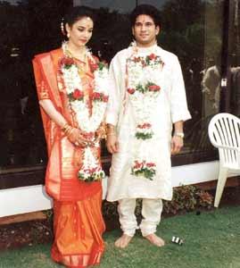 Sachin Tendulkar And His Wife Anjali Tendulkar Wallpapers
