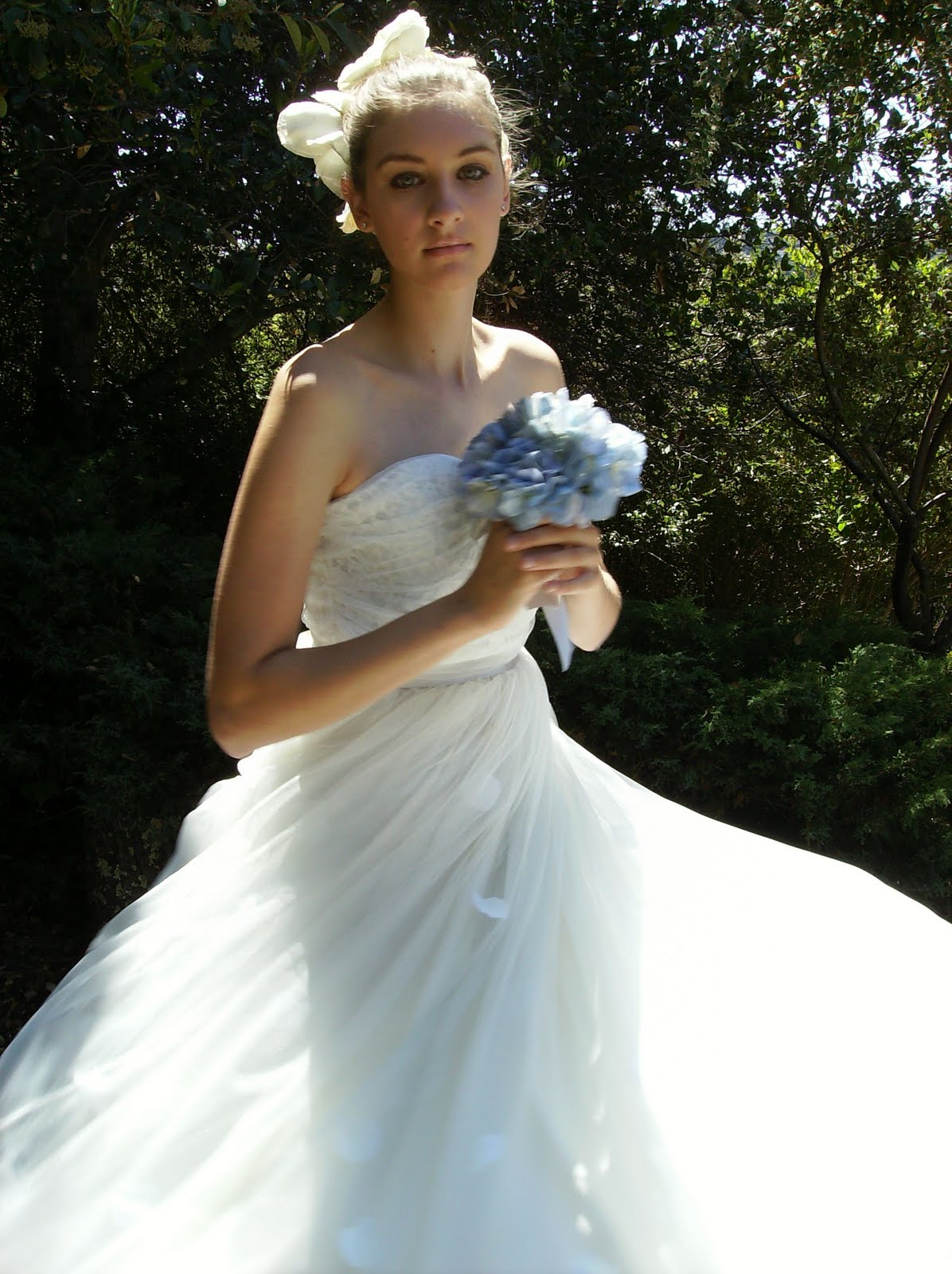 BRIDE CHIC: SALUTE TO CHRISTIAN DIOR