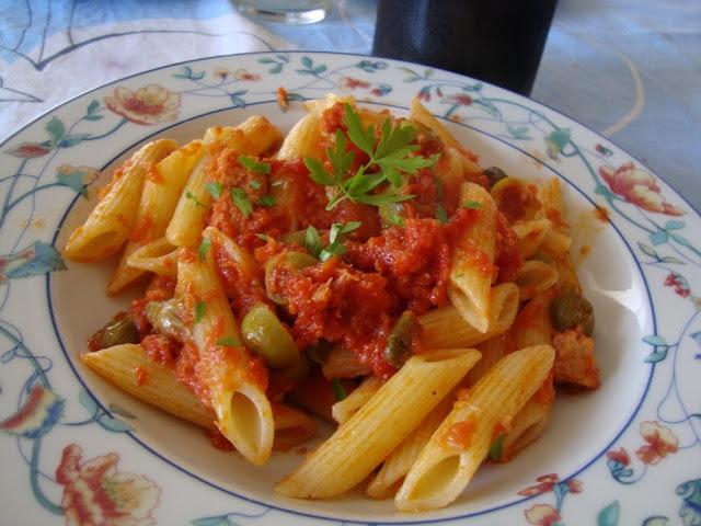 La buona cucina di katty pasta tonno olive e capperi - Imparare l arte della cucina francese ...