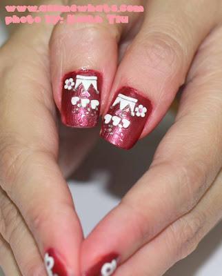 nails art design. I chose a nail art design