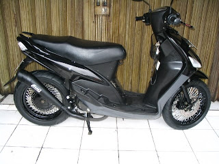 Yamaha mio Black modified