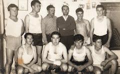 EQUIPO CLUB BOXISTICO LINENSE AÑOS 60