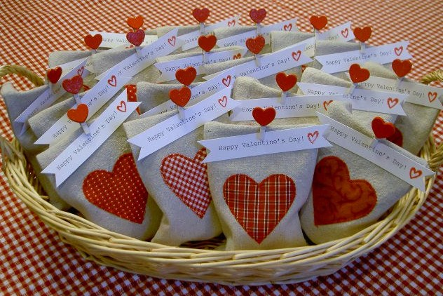 diy goody bag valentines canvas bag with heart applique for valentines day - Valentines Goodie Bags