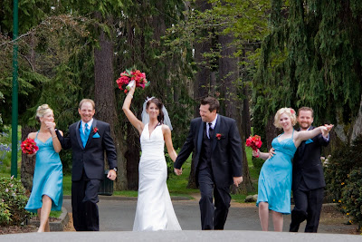 wedding party pic at beacon hill park