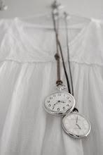 Klockor som smycken..........