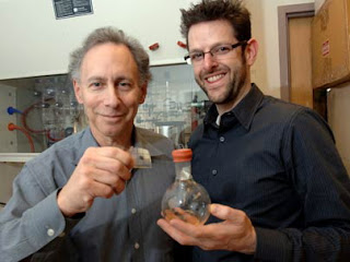 MIT Institute Professor Robert Langer and faculty member Jeffrey Karp