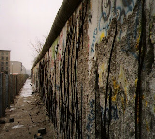 The Berlin Wall Photo by Bob Tubbs