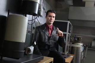 Student Inventor Tackles Challenge of Hydrogen Storage
