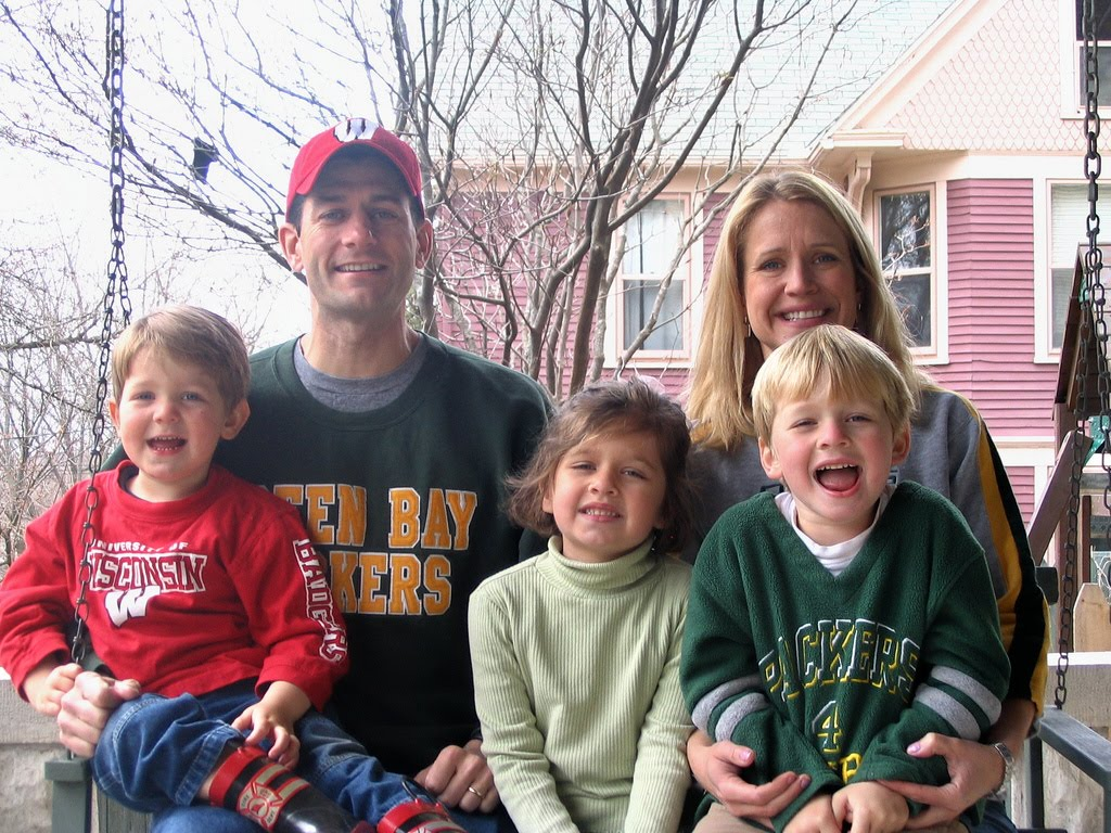 PAUL RYAN with wife Janna, Sam, Liza & Charlie 2008