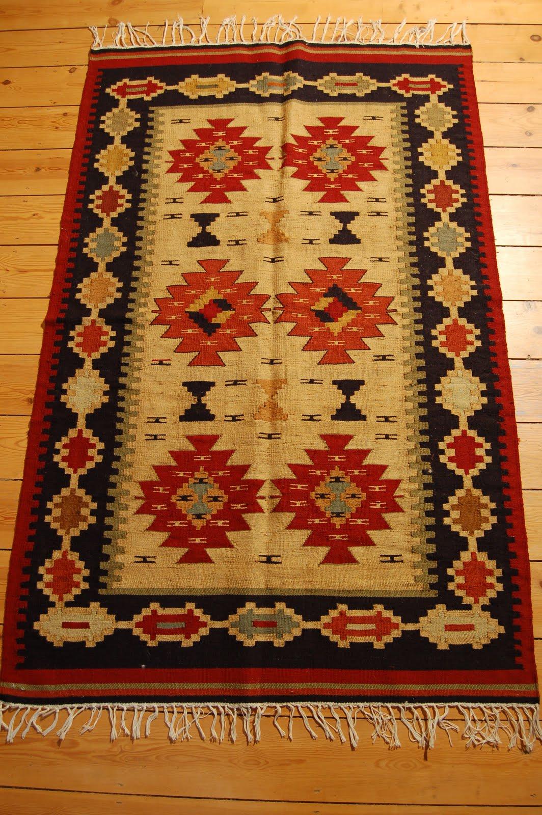 Modern Egyptian Rugs Design