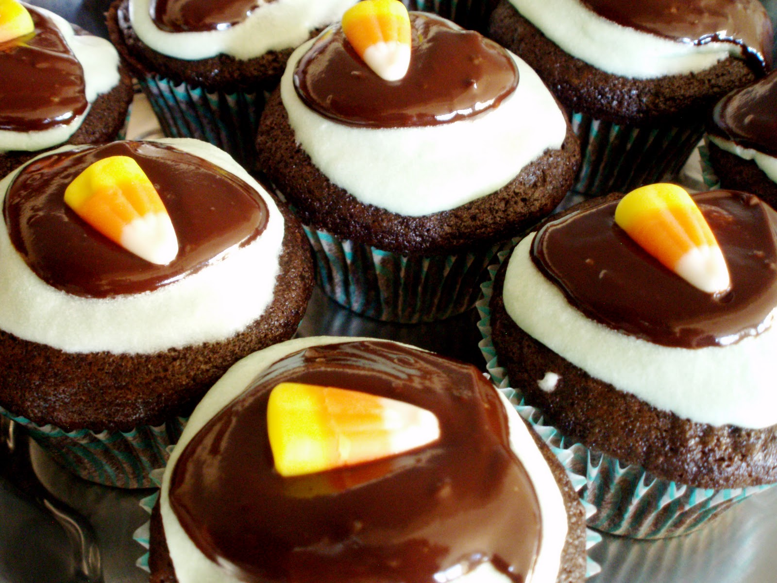 Naked chocolate cupcakes