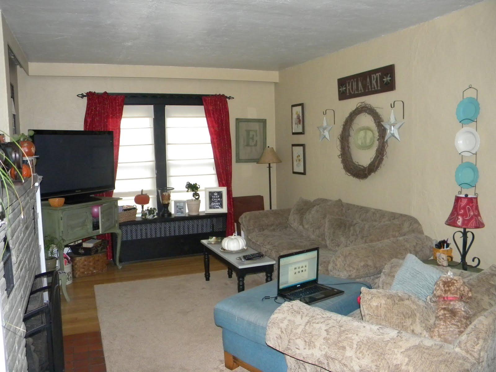 Roc Tv Show Living Room