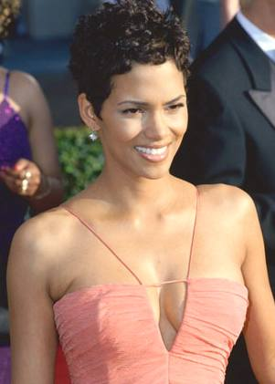halle berry hairstyles. halle berry haircut