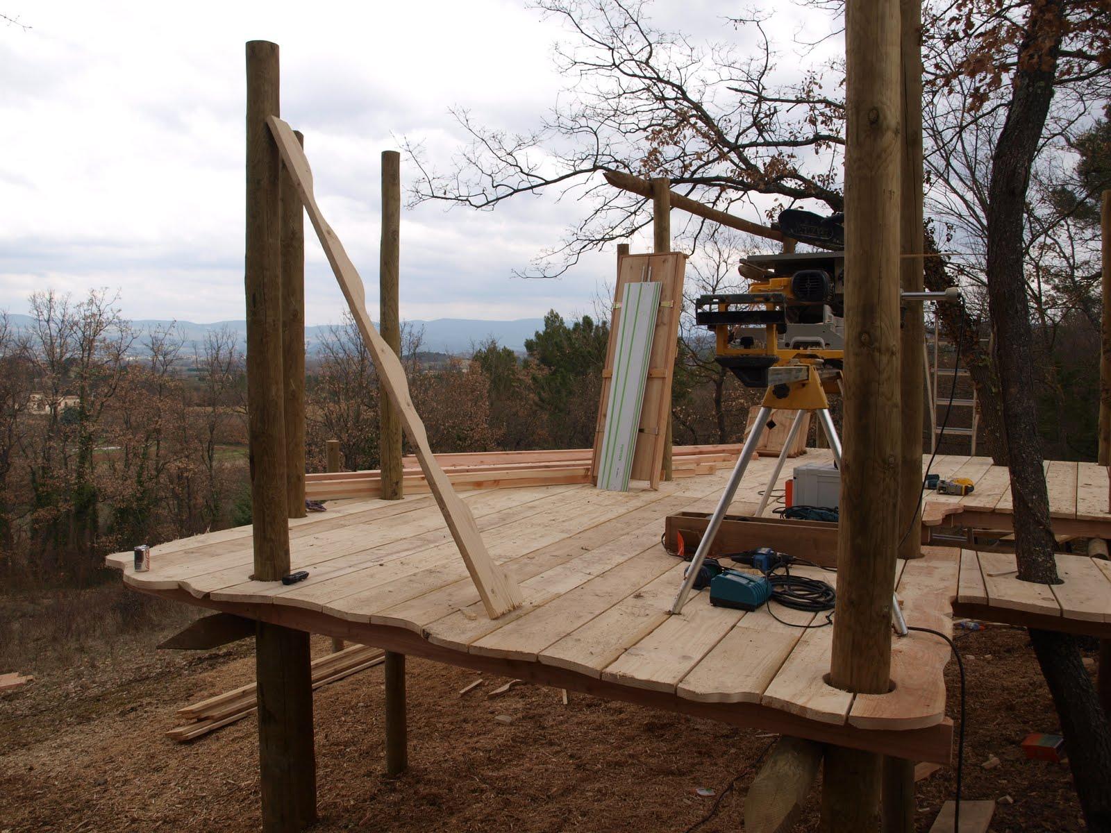 Je kunt de boom in met deboomhutbende en provence - Een houten boom maken ...