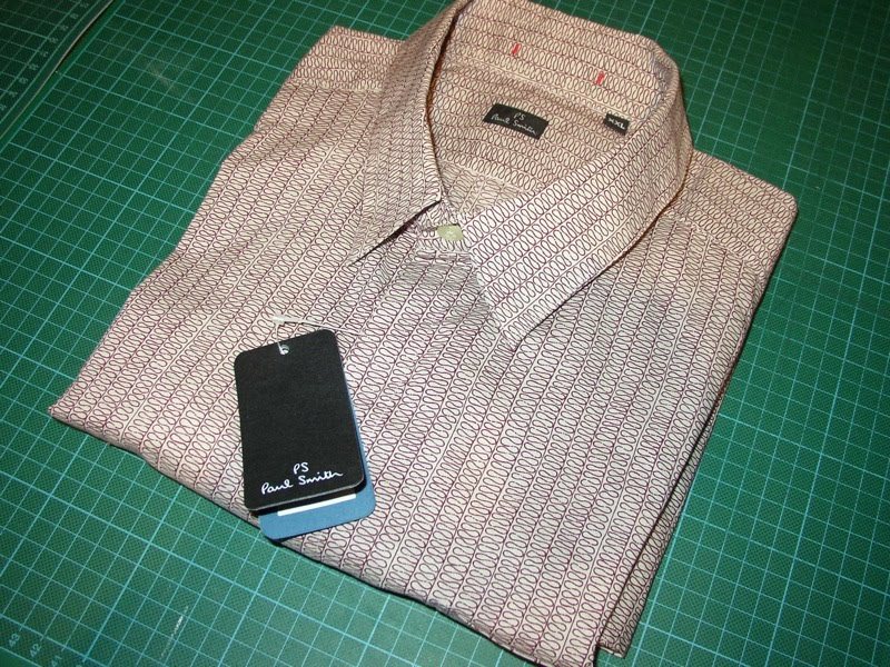 Making my 11th doctor costume 11 shirt paul smith for Paul smith doctor who shirt