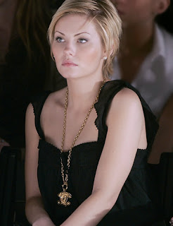 Hollywood Actress Elisha Cuthbert Cute Picture