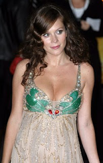 Anna Friel Sexy Picture