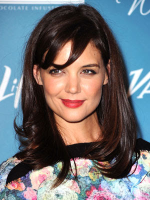 Katie Holmes Side Swept Bangs Hairstyle