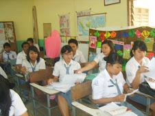 SUASANA BELAJAR DI MOVING CLASS