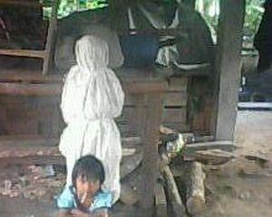http://3.bp.blogspot.com/_TeZIY2L6s38/TBkNuoAdnyI/AAAAAAAACAQ/Pqq6guwaKzc/s1600/pocong_palembang.jpg