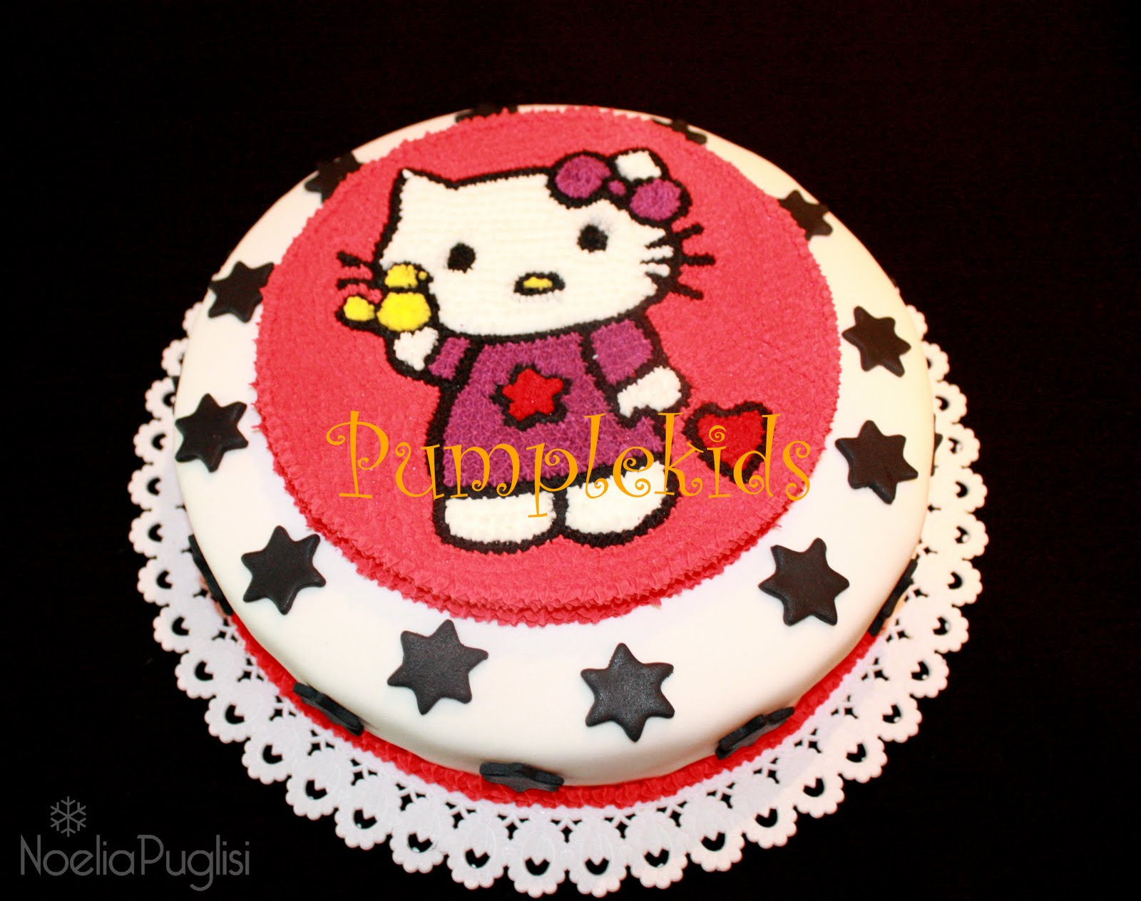 TORTA Y CUPCAKES KITTY