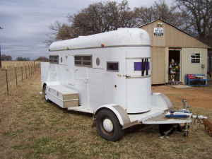 Unique Horse Trailers: January 2010