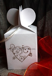 Lovely hearts favour boxes