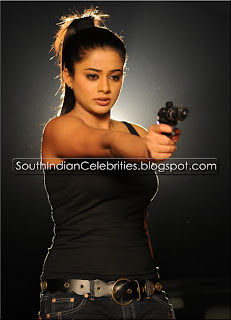 Priyamani Hot Stills Green Dress Beautiful Gallery