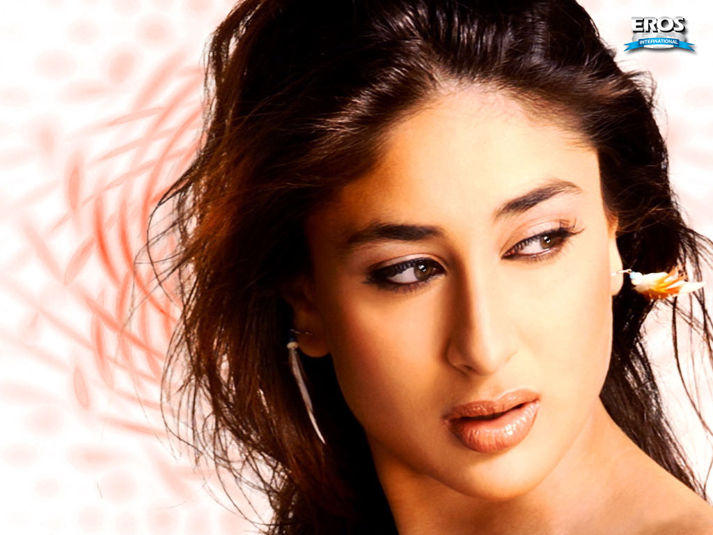 Kareena Kapoor Biography Filmography Wallpapers Photos Videos