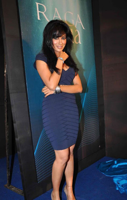 chitrangada singh wowes at raga aqua launching glamour images