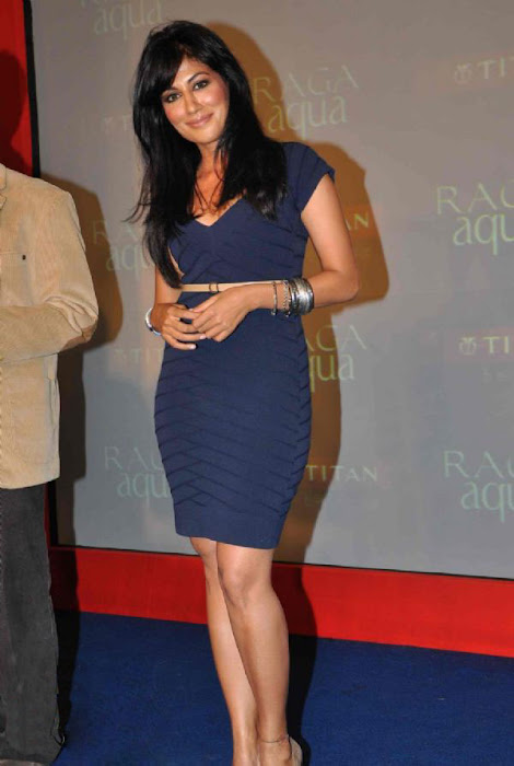 chitrangada singh wowes at raga aqua launching cute stills