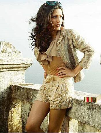 Freida Pinto on Harpers Baazar  pics sexy stills