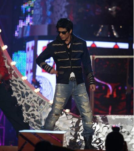 Pics - 6th Apsara Film & Television Producers Guild Awards