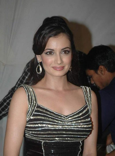 diya mirza gorgeous performence at vemma health product launch