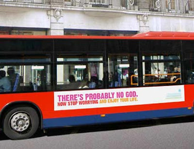 Bus londinense con el anuncio ateo.